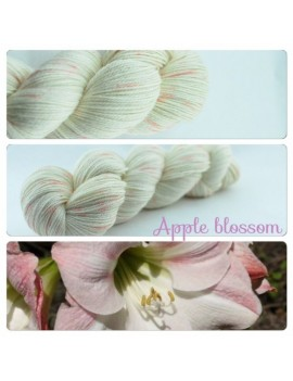 """Apple Blossom"" Fil fingering Alpaga & Soie"