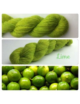 """Lime"" Single fingering Alpaga Tencel"