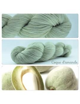 """""""Coque d'Amande"""" Fil fingering Alpaga & Soie"""