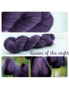 """Queen of the Night"" Single fingering Alpaca Silk Angelina"