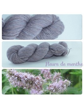 """Fleurs de Menthe"" Single fingering Alpaca Silk Angelina"