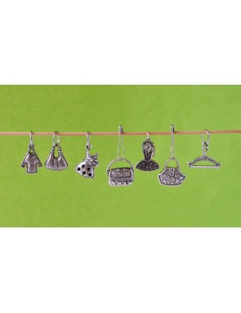 """Dressing"" Stitch Markers"
