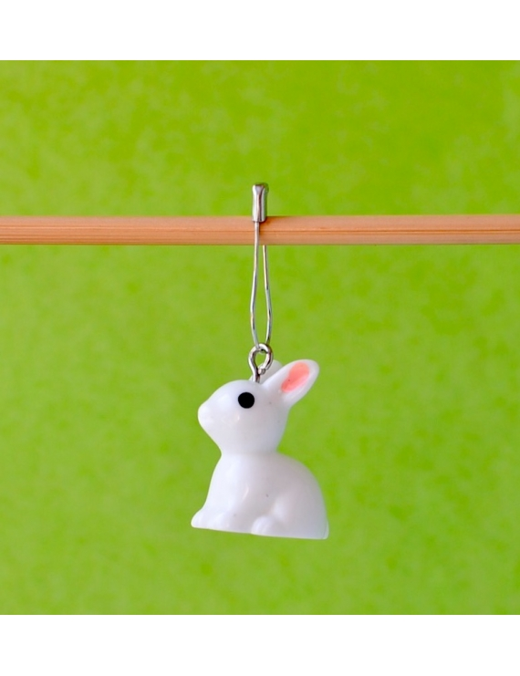 """white rabbit"" Removable Stitch Marker"