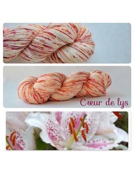 """""""Coeur de Lys"""" Single Fingering Merino Yarn"""