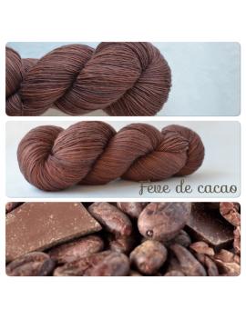 """""""Fève de Cacao"""" Single Fingering Merino Yarn"""
