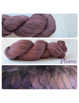 """Plume"" Single Fingering Merino Yarn"