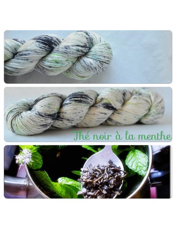 """""""Thé Noir à la Menthe"""" Single Fingering Merino & Silk Yarn"""