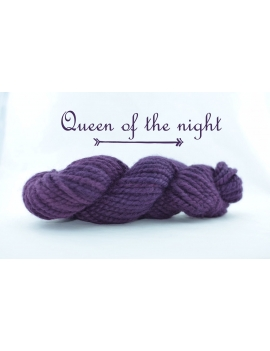 """Queen of the Night"" Fil Super Bulky 100 % baby Alpaga"
