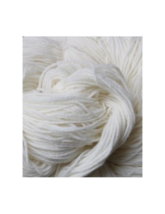80 % Mérinos Superwash 10 % Nylon et 10 % Cachemire