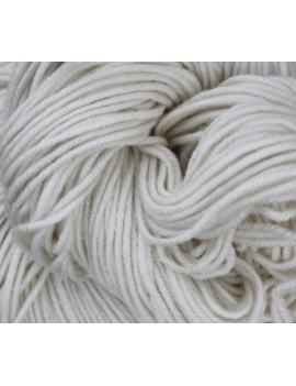 75% Superwash Merino 20% Silk & 5% Angelina