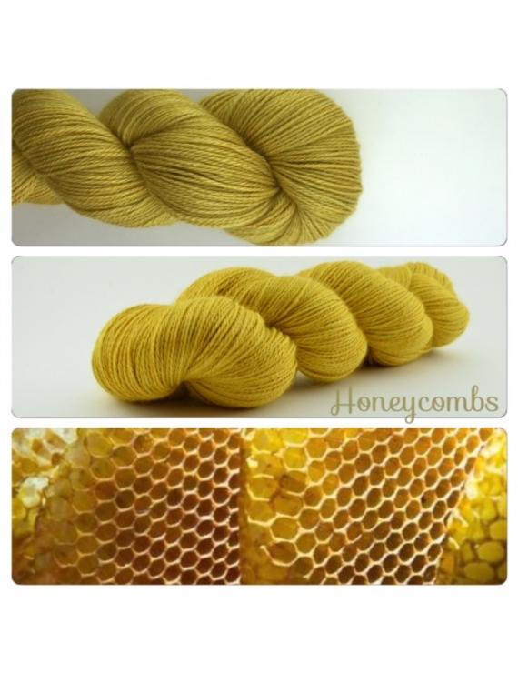 Honeycombs fingering Alpaca & Silk Yarn