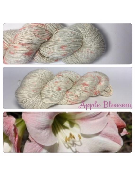 """Apple Blossom"" Single fingering Alpaga Soie Angelina"