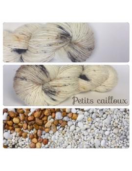 """Petits cailloux"" Single fingering Alpaga Seacell"