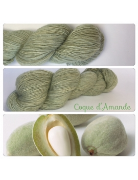 """Coque d'amande"" Single fingering Alpaga Rose Fiber"