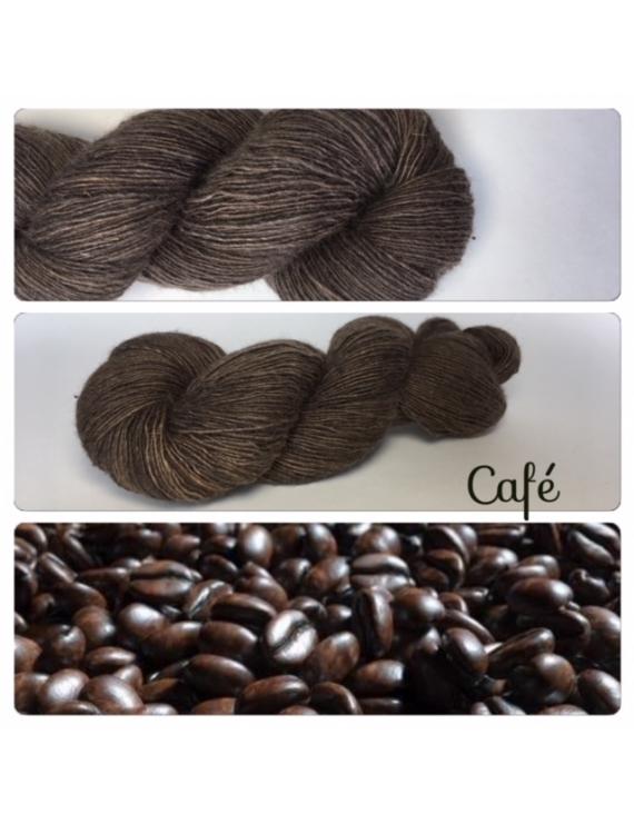 """Café"" Single fingering Alpaga Rose Fiber"