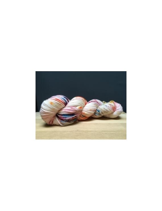 """""""Multicolore"""" fingering 75 % Mérinos Superwash et 25 % Nylon"""