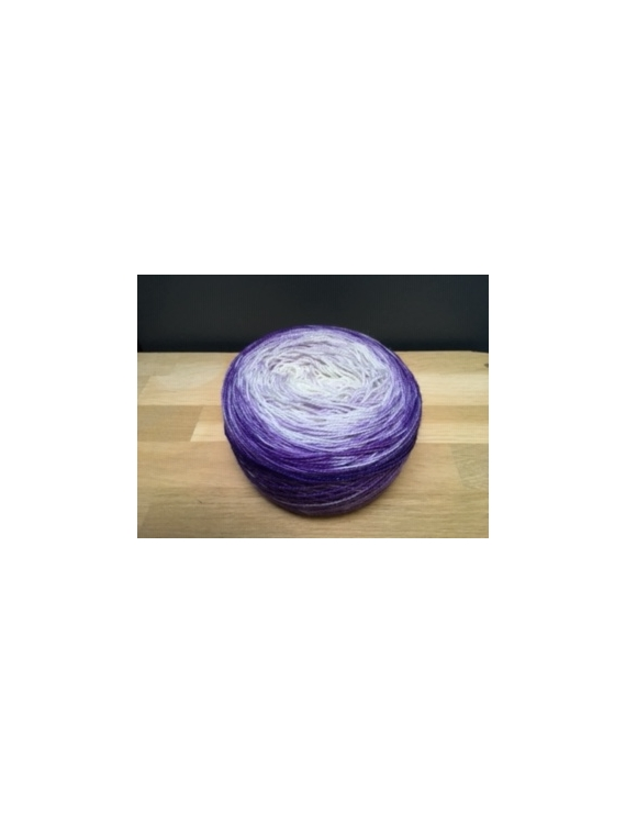 """VVF"" auto-rayant fingering 75 % Mérinos Superwash, 20 % Nylon et 5% angelina"
