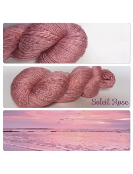 """Soleil Rose"" Fil Single Fingering Mérinos et Soie"