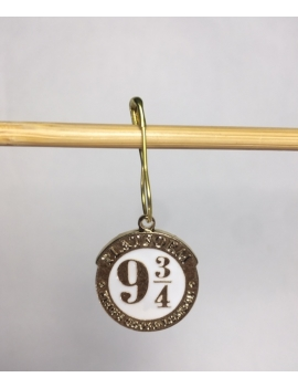 """Harry Potter Quai 9 3/4""  Stitch Markers"