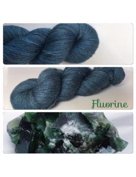 """Fluorine"" Fil Single Fingering Mérinos et Soie"