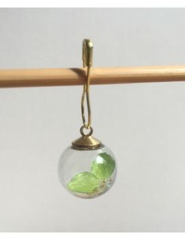 """""""Boule de verre fleur vert anis et paillettes"""" Anneau marqueur"""