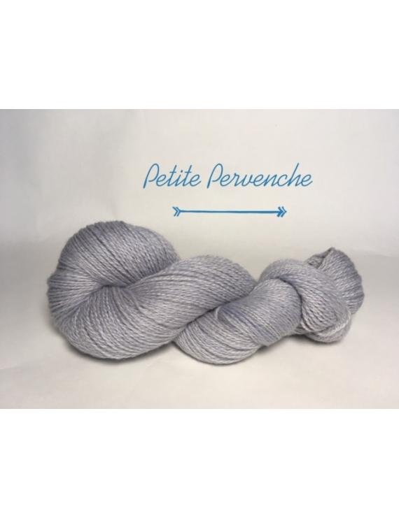 """Petite Pervenche"" Fil DK Baby Alpaga/Ile de France"